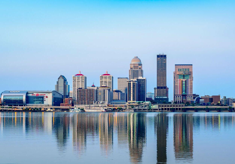 Louisville-banks-Kentucky-Ohio-River